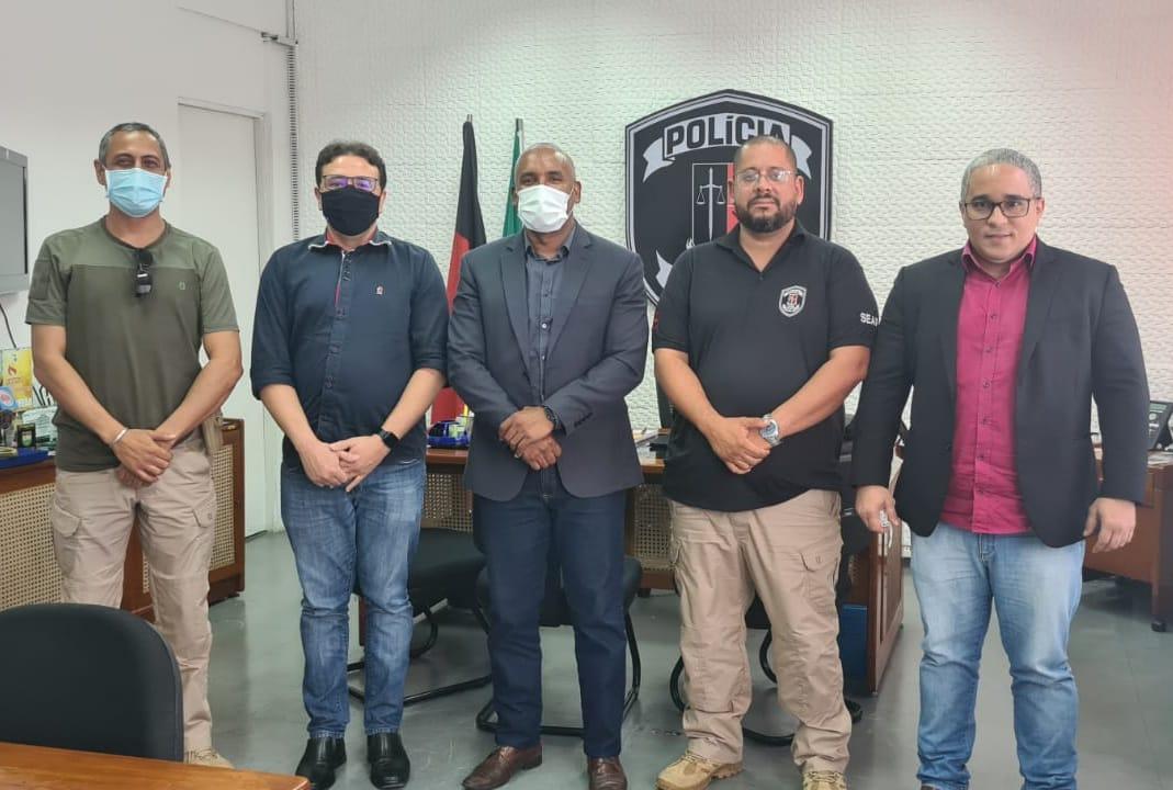 POLICIAIS PENAIS LEVAM PAUTA DE REIVINDICAÇÕES AO SECRETÁRIO DE ADMINISTRAÇÃO PENITENCIÁRIA DA PARAÍBA